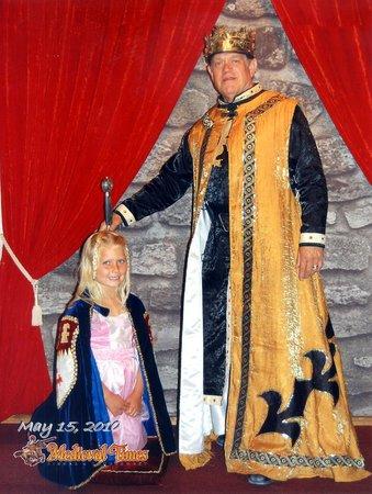 Medieval Times Buena Park : Recieving her Ladyship