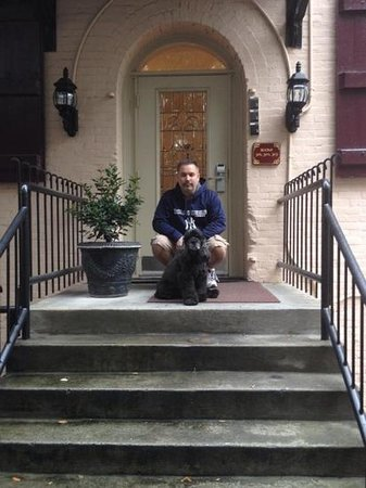 Olde Harbour Inn - River Street Suites: my husband a pooch inf ront of our room entrance