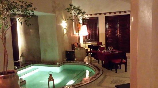 Riad Argan: Diner en amoureux au Riad