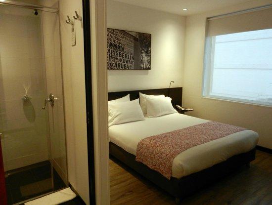 Hotel B3 Virrey: Quarto