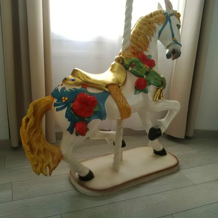 Hôtel Mademoiselle : Cavallo nella suite d'angolo
