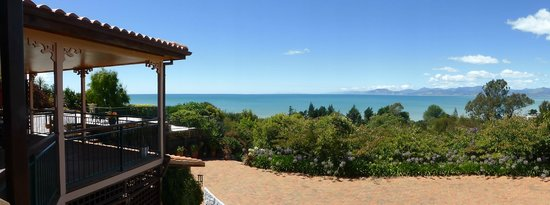 Sandstone House: View over Tasman Bay