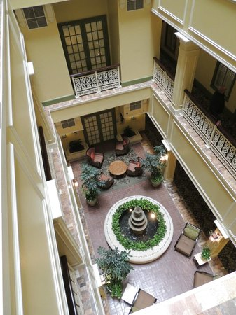 Interior Courtyard - Picture of Wyndham La Belle Maison, New Orleans ...