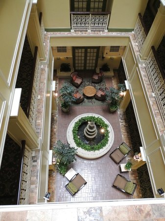 Interior courtyard - Picture of Wyndham La Belle Maison, New Orleans ...