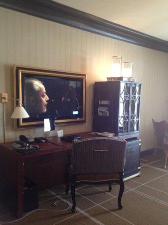 hotel jerome an auberge resort beautiful decor and love the nespresso machine fridge