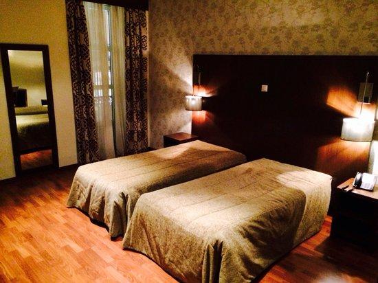 Hotel Borges Chiado: Quartos enormes