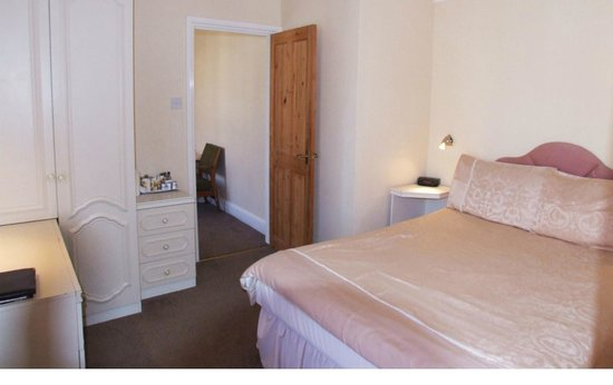 Rosebery House: family suite