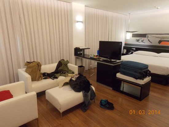 Axor Barajas Hotel : Quarto