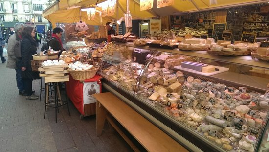 Villa Montparnasse: cheese shop at the near market
