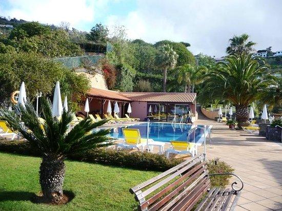 Ocean Gardens: La piscine (pas chauffée)