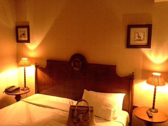 Villa Montparnasse : room