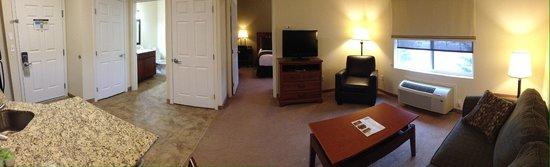 Noble Inn: One Bedroom Suite