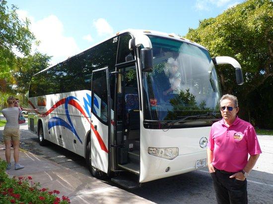 Miami Tour Company : Le bus et son chauffeur