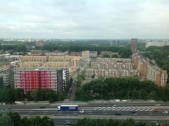 Ramada Apollo Amsterdam Centre: Vista desde el comedor