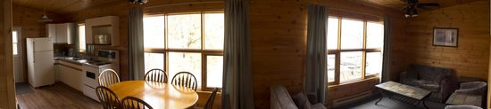 Sioux Lookout, Canada: Cabin 10 at the Main Lodge Panoramic View