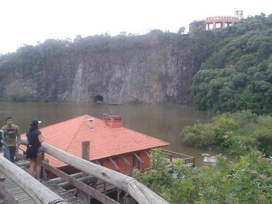 Parc de Tanguá : Pedreira