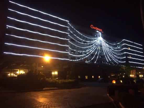 Cinnamon Lakeside Colombo: Christmas time!!!!