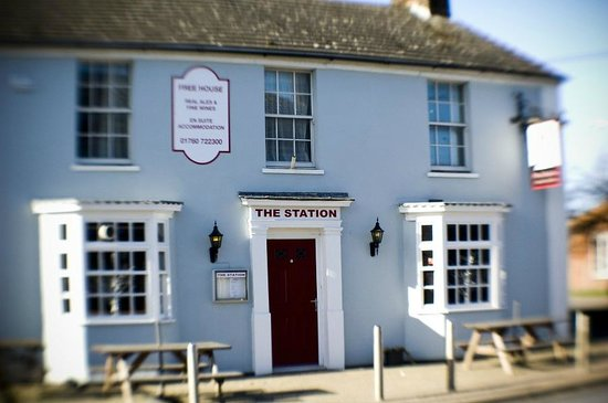The Station Bar