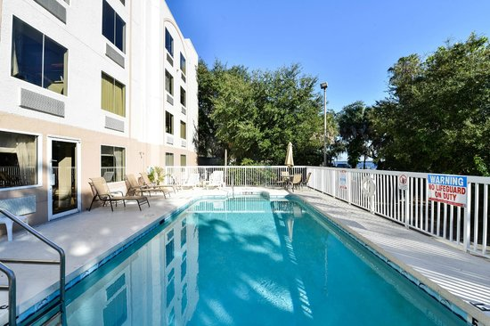 Sleep Inn & Suites Riverfront - Ellenton: Outdoor Pool