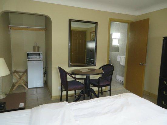 iSleep Inn: Double bed