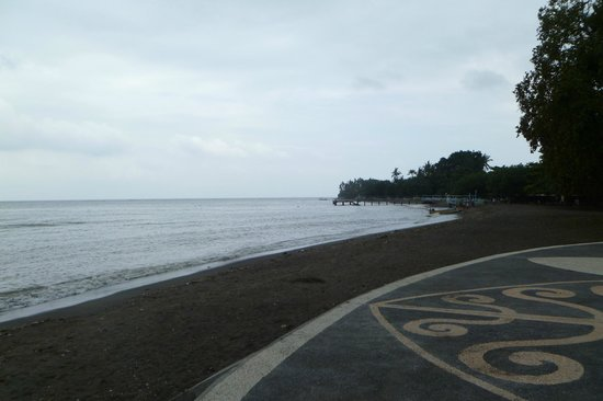 Black Beach on the north side of Bali - Picture of Black Sand Beach ...