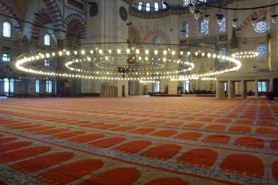 Süleymaniye-Moschee: Interior