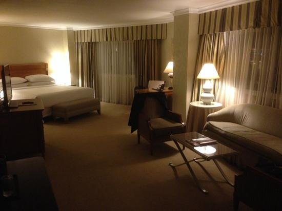 Caesars Palace: room 1082 in the Roman Tower