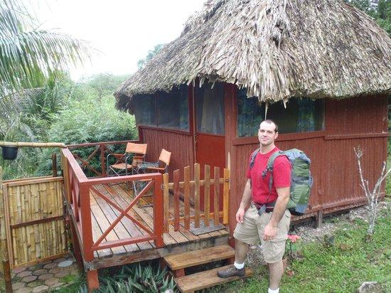 Nina's Place : Basic hut