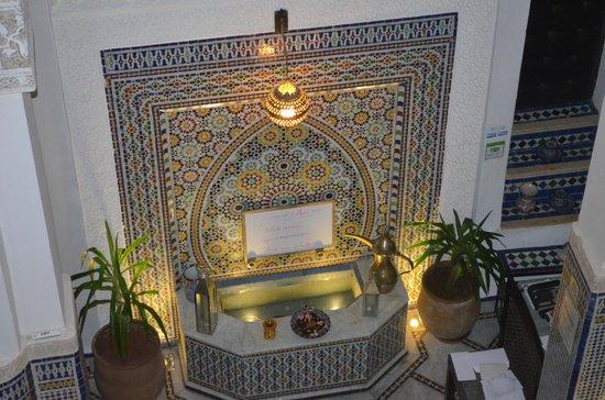 Riad Adarissa : Fontana all'interno del Riad