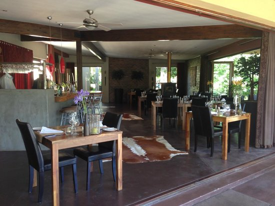 Lily Pond Country Lodge : The dining area
