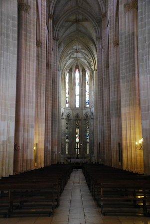 Batalha Monastery: La nef