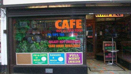 Aroma Cafe Bar