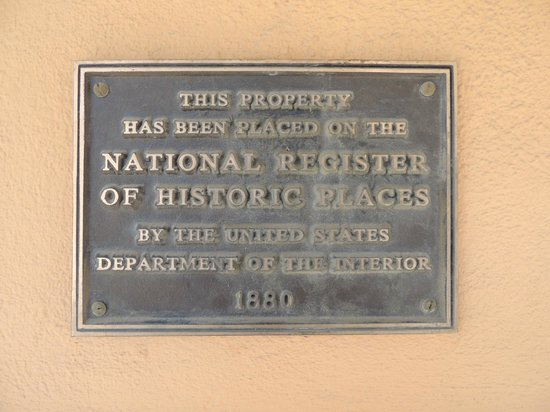 Palace Hotel: Historical plaque on building