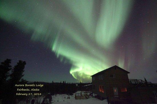 Aurora Borealis Lodge : Aurora  Borealis Overhead