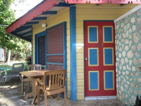 Xtabi Resort: Room by the pool