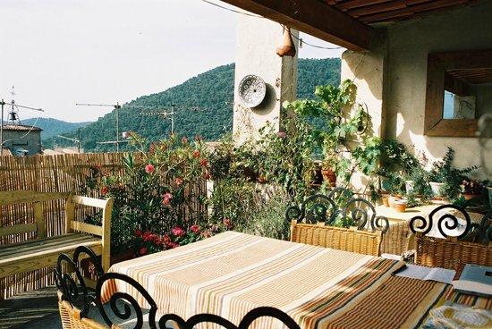 Maison Fontaines : Terrace