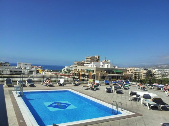Hotel Zentral Center: Roof top pool