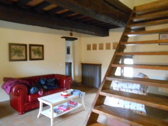 Torre Valbiancara Country House : Salottino