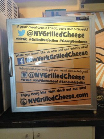 New York Grilled Cheese Co.: Social Media