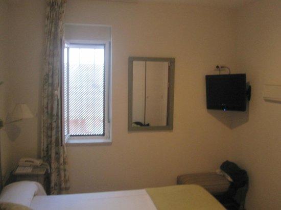 Hotel Alcantara: Chambre