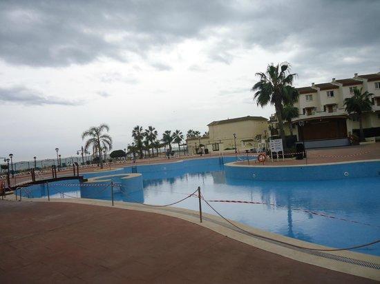 Hotel & Spa Peniscola Plaza Suites: Piscina
