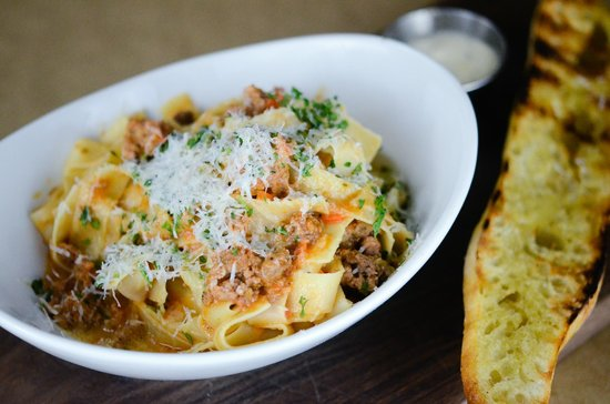 Red Door Woodfire Kitchen & Bar : Pappardelle Pasta