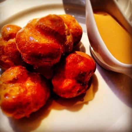 Boulestin: profiterols with caramel sauce, must have!!!