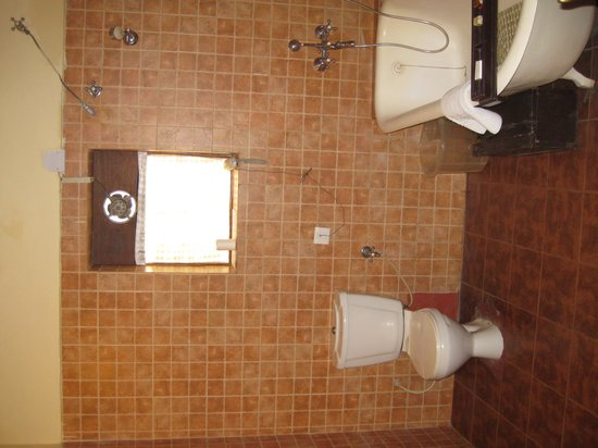 The Grand Imperial, Agra : Bathroom