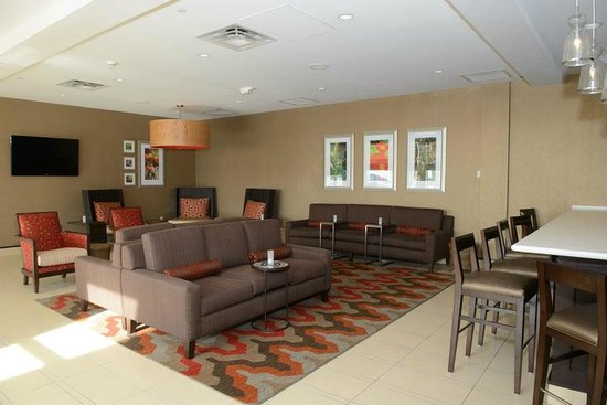 Hilton Garden Inn Dayton South-Austin Landing: Bar Seating