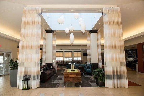 Hilton Garden Inn Dayton South: Lobby