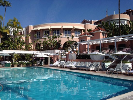 The Beverly Hills Hotel Pool Is Heated
