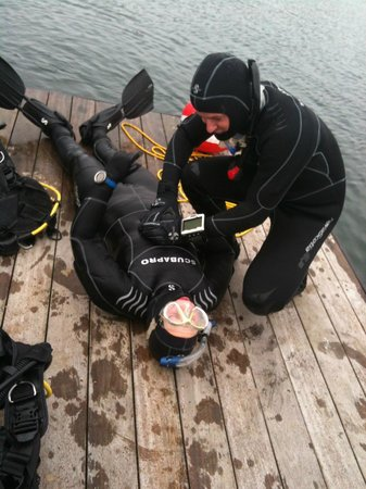 Isanthea - Ecole de Plongée: les rescue diver PADI