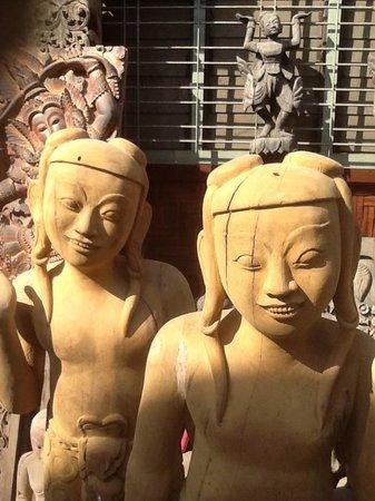 Atsumi Retreat Healing Center: Fun local art everywhere