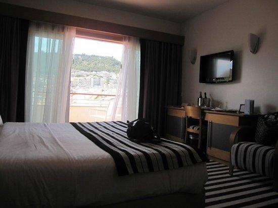 SANA Sesimbra Hotel : Suite